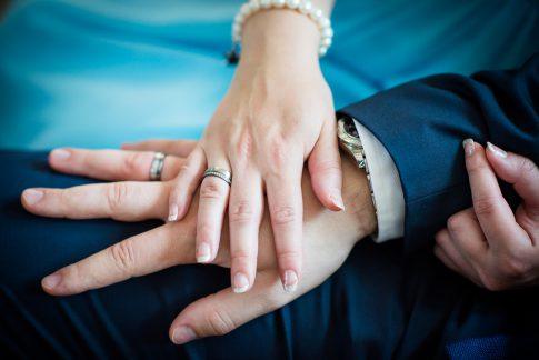 Eheringe bei einer Hochzeit in Rheinland-Pfalz