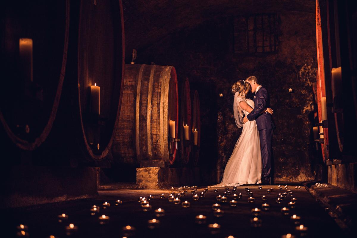 Brautpaarshooting im Weingut Buscher in Rheinland Pfalz mit eurem Hochzeitsfotografen