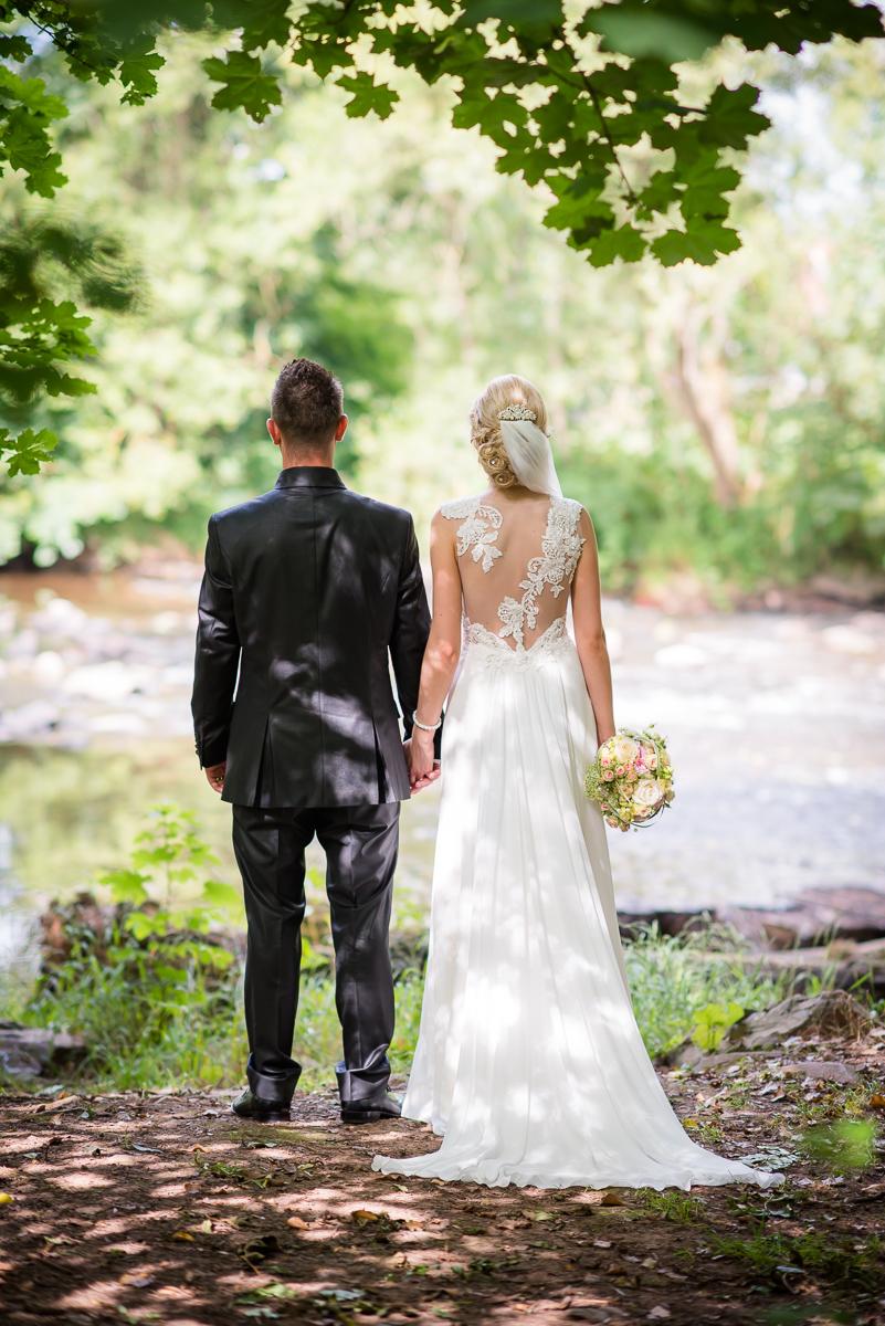 Brautpaarshooting im Saarland mit eurem Hochzeitsfotografen aus dem Saarland