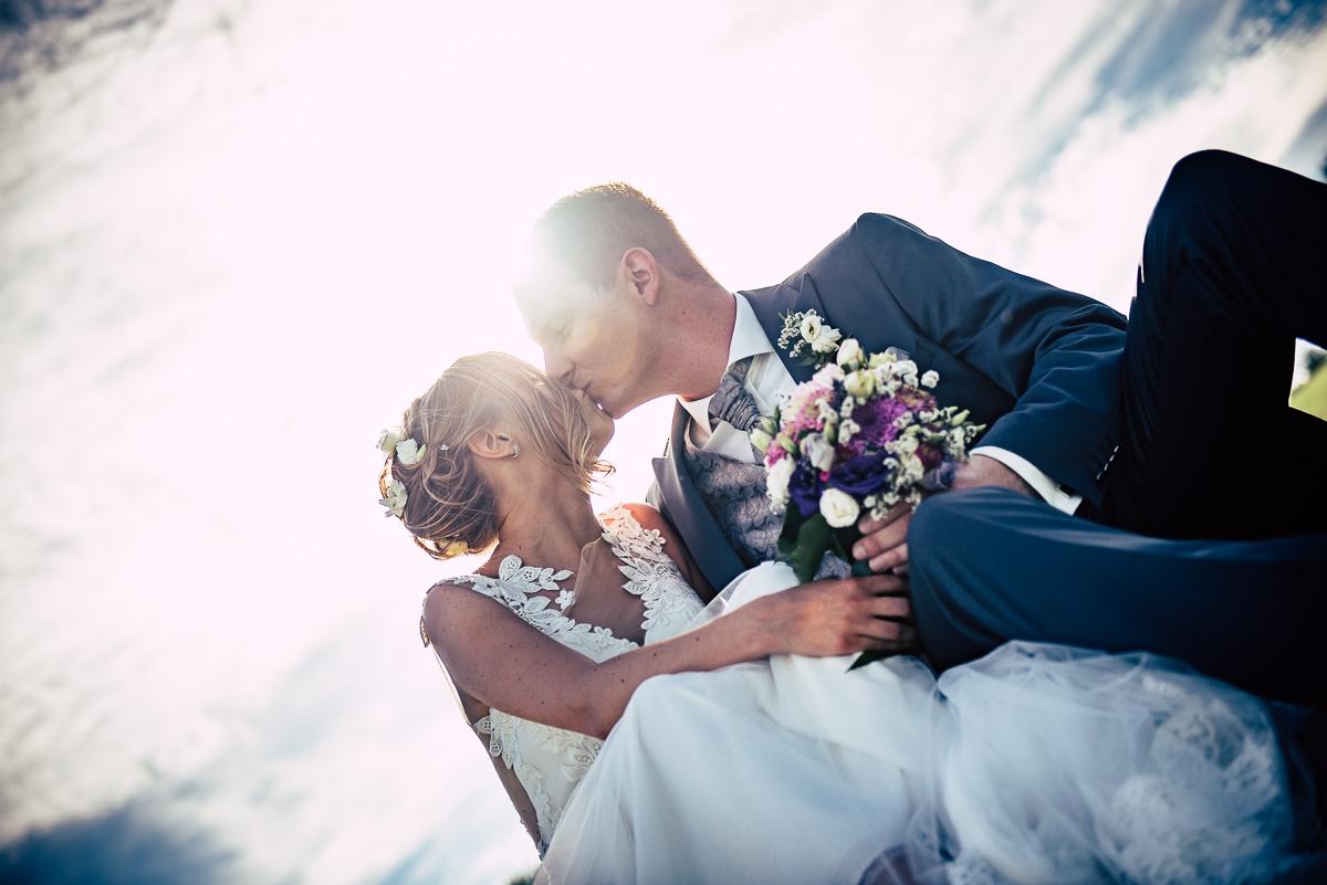 Hochzeitsfotograf aus dem Saarland fotografiert Hochzeitsbilder auf Golfplatz